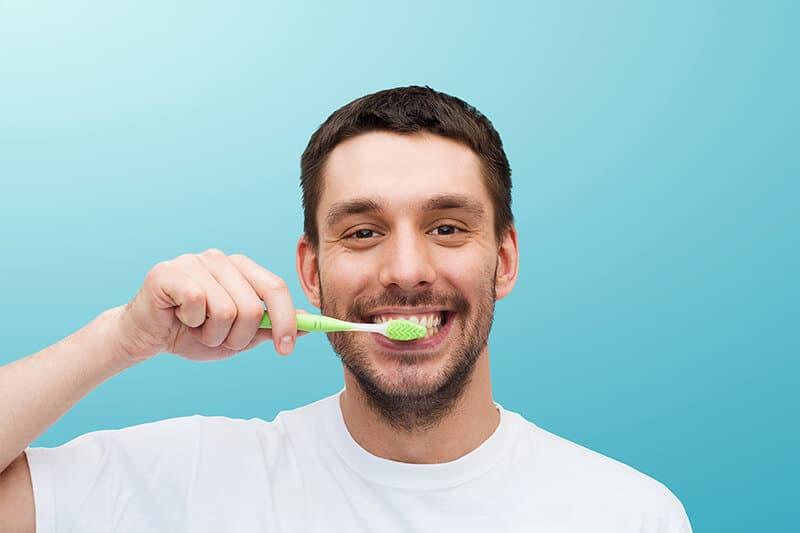 Mantener una adecuada higiene dental_cont
