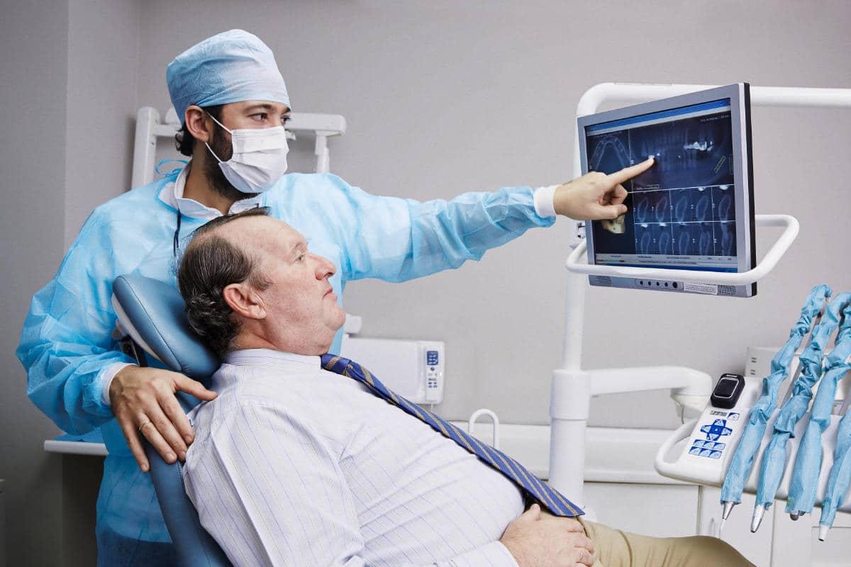 Cirugía guiada. Una novedosa técnica para colocarte implantes dentales.