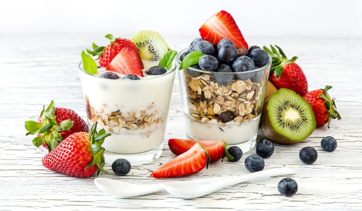 Alimentación saludable y equilibrada para mantener tus dientes sanos y bonitos