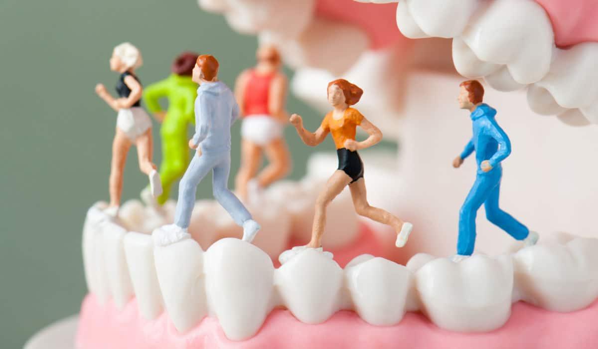 Hábitos y cuidados saludables para unos dientes sanos y bonitos