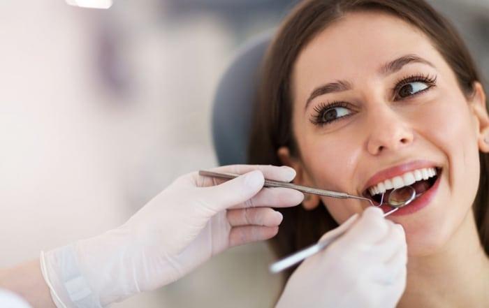 ¿Qué es una endodoncia? Síntomas y tratamiento   Julián Saiz