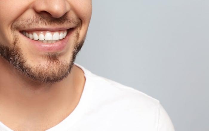 Periodontitis. ¿Qué es y cómo ponerle remedio?