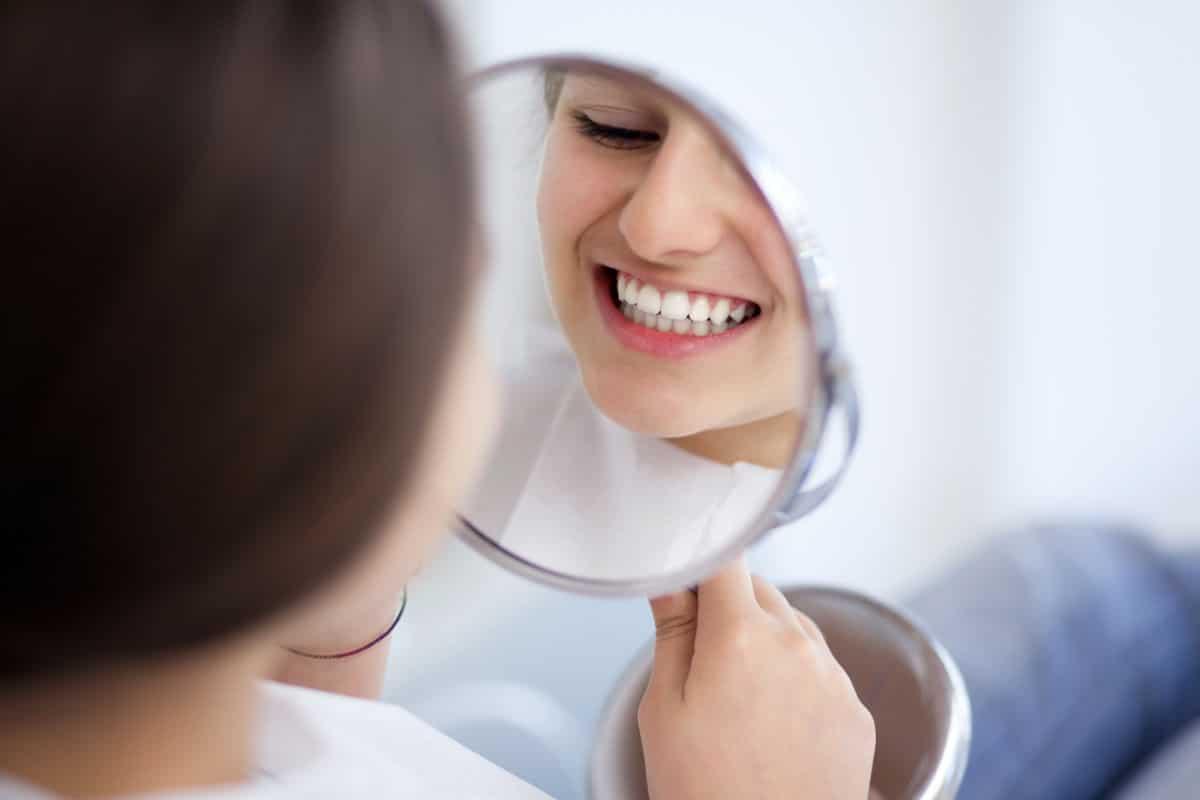 Implantes en un día. ¡Recupera tu sonrisa! | Clínica Dental Julián Saiz