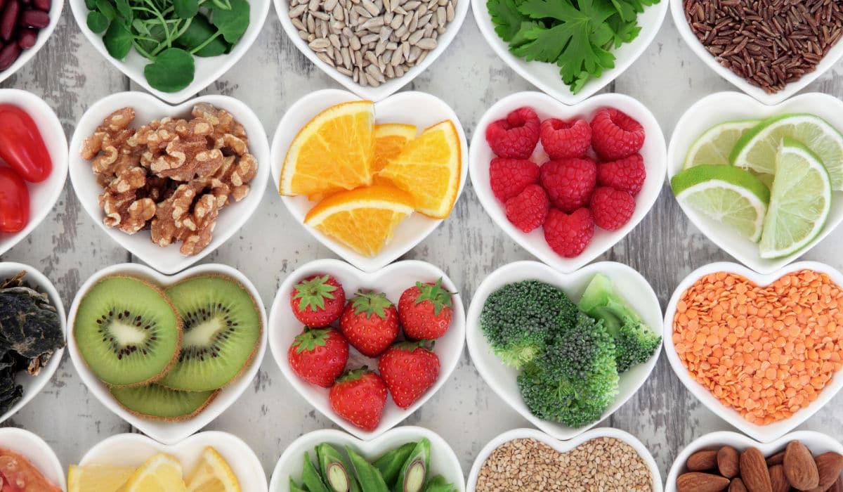 Cuida de tu salud bucodental   Sigue una dieta equilibrada